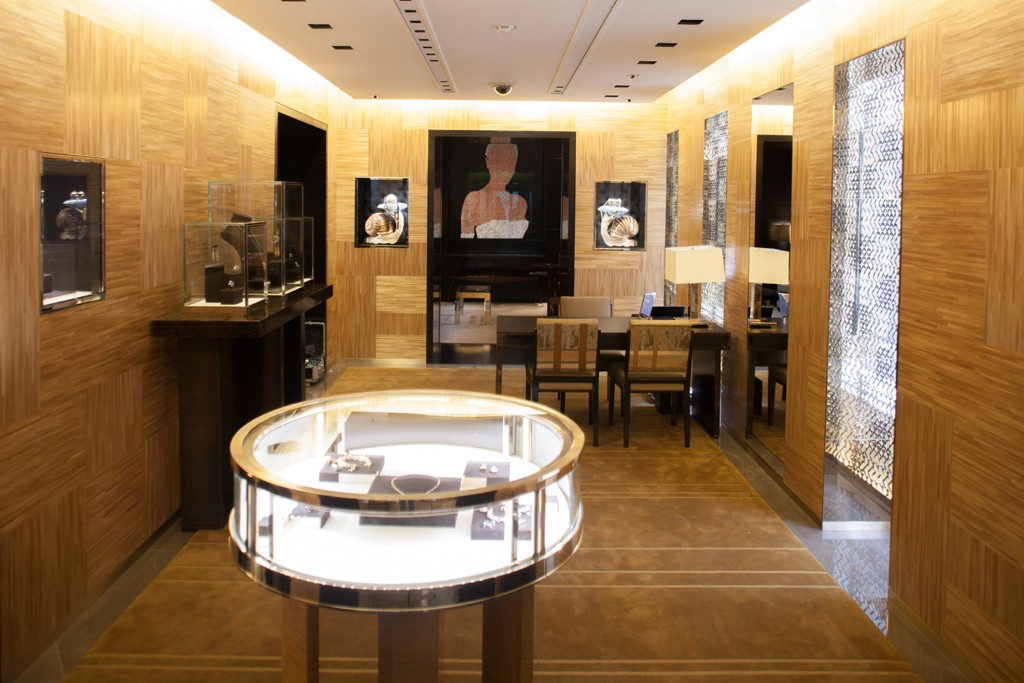 The Louis Vuitton jewelry store.