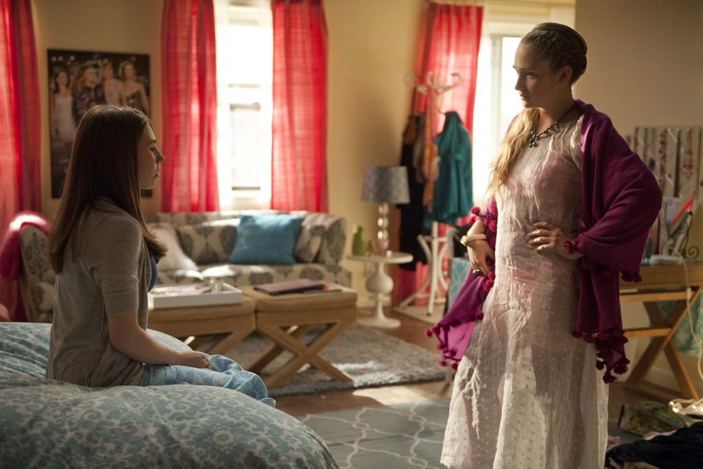 "Zosia Mamet and Jemima Kirke in a scene from HBO's ""Girls"""