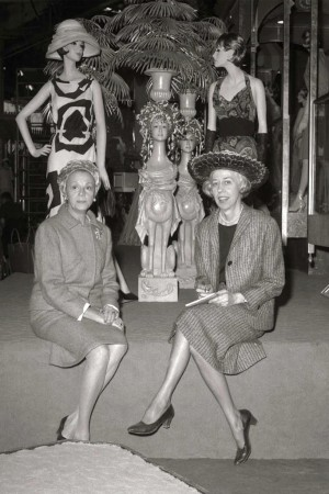 Eleanor Lambert and Elizabeth Luft at an Oleg Cassini dress exhibit.