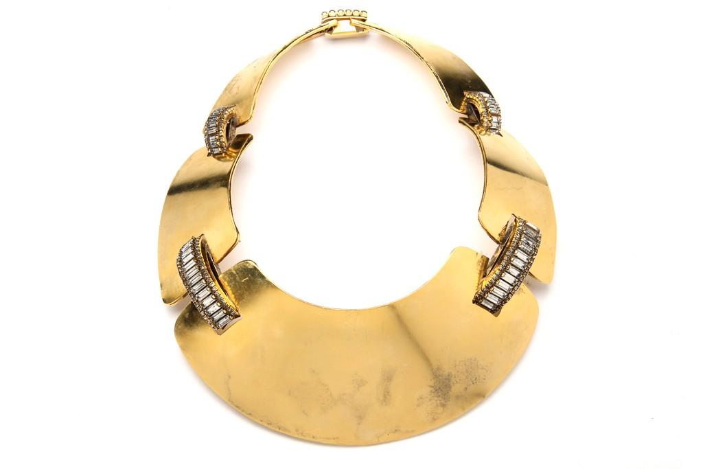 An Aerin Erickson Beamon necklace.