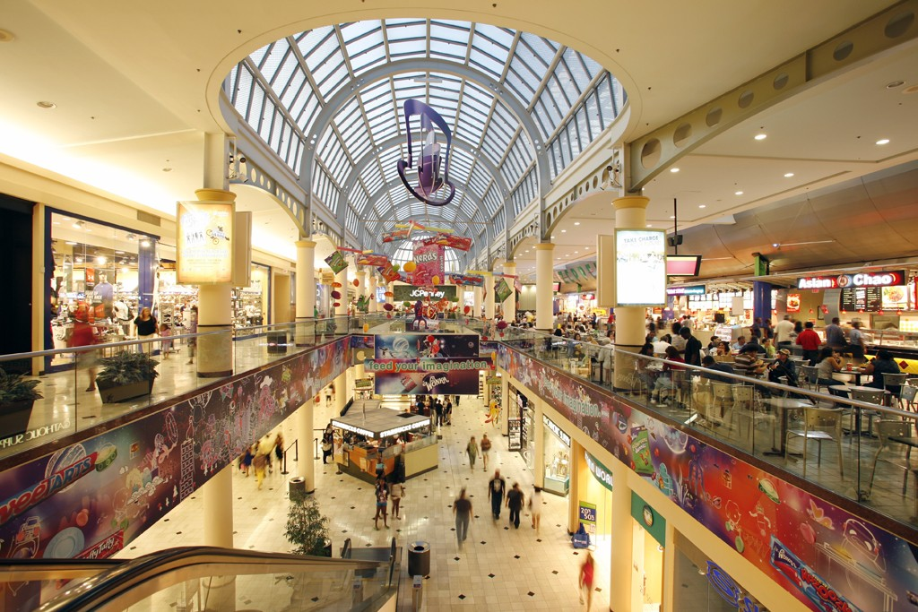 Simon Properties is redeveloping Roosevelt Field shopping center.