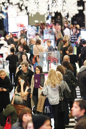 Economists expect solid retail sales if the fiscal cliff can be averted.