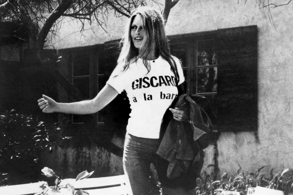 Brigitte Bardot wearing bell-bottoms pants.