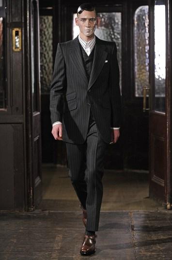 Alexander McQueen Men's RTW Fall 2013