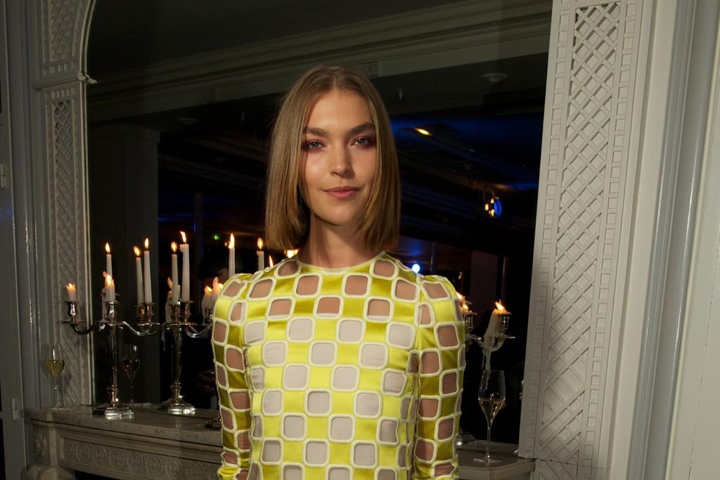 Arizona Muse in Louis Vuitton