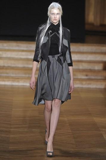 Yiqing Yin Spring Couture 2013