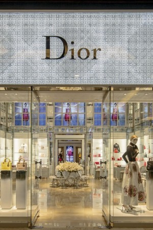 A look inside the Dior store.