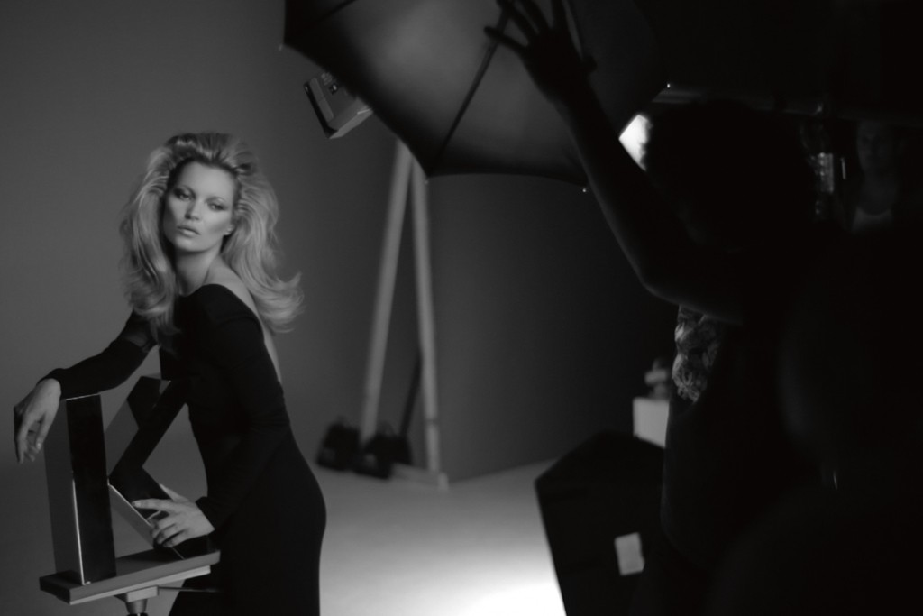 Kate Moss being photographed for the ad campaign.