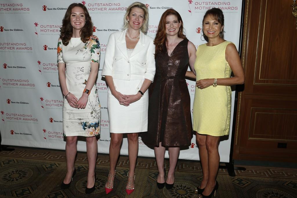 Christina Huffington, Dottie Mattison, Debra Messing and Margarita Arriagada.