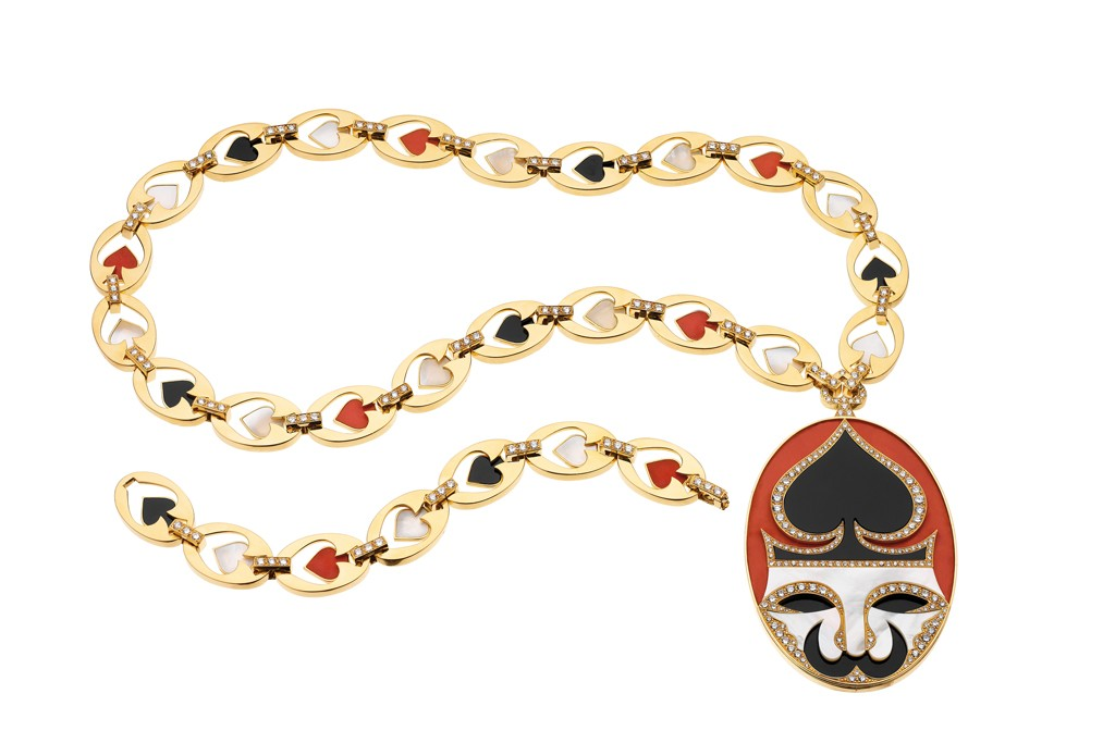 """""""Playing Card"""" sautoir from 1972, comprised of gold with coral, mother of pearl, onyx and diamonds."""