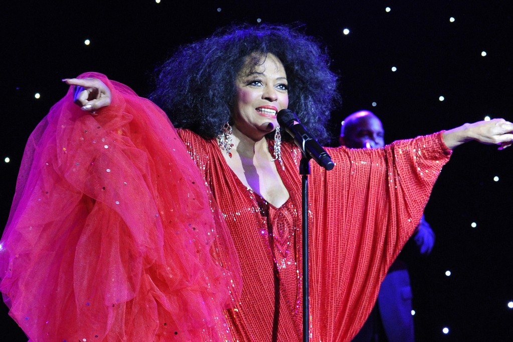 Diana Ross performs at the Louvre.