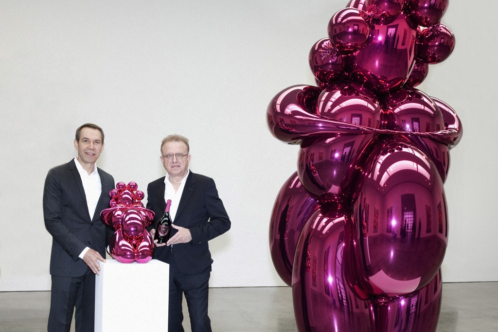 Jeff Koons and Dom Pérignon's Richard Geoffroy with Koons' Balloon Venus for Dom Pérignon design and the sculpture that inspired it.