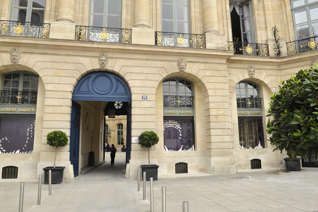 Lorenz Bäumer boutique at 19 Place Vendôme.