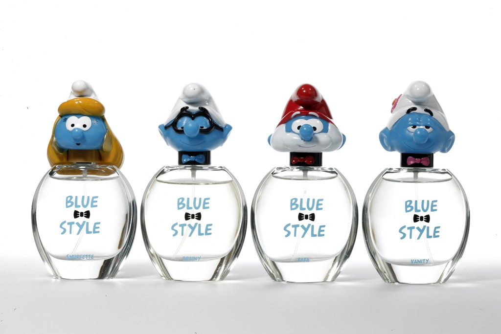 The Blue Style Smurfs 3-D Collection.