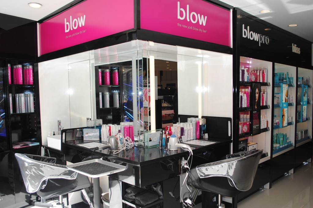 A Blow styling bar.