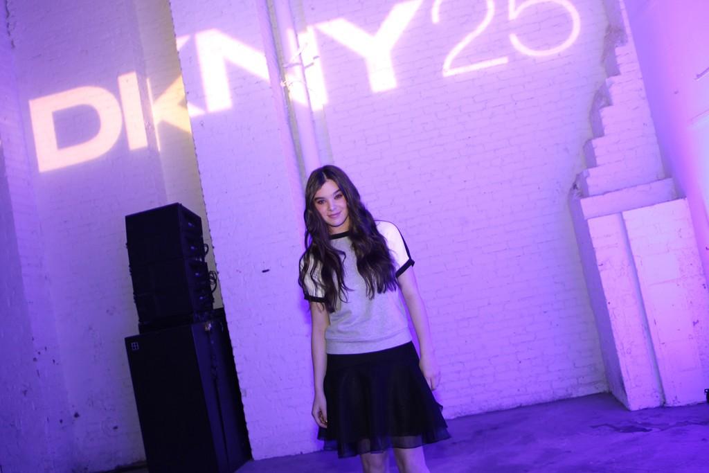 Hailee Steinfeld in DKNY.