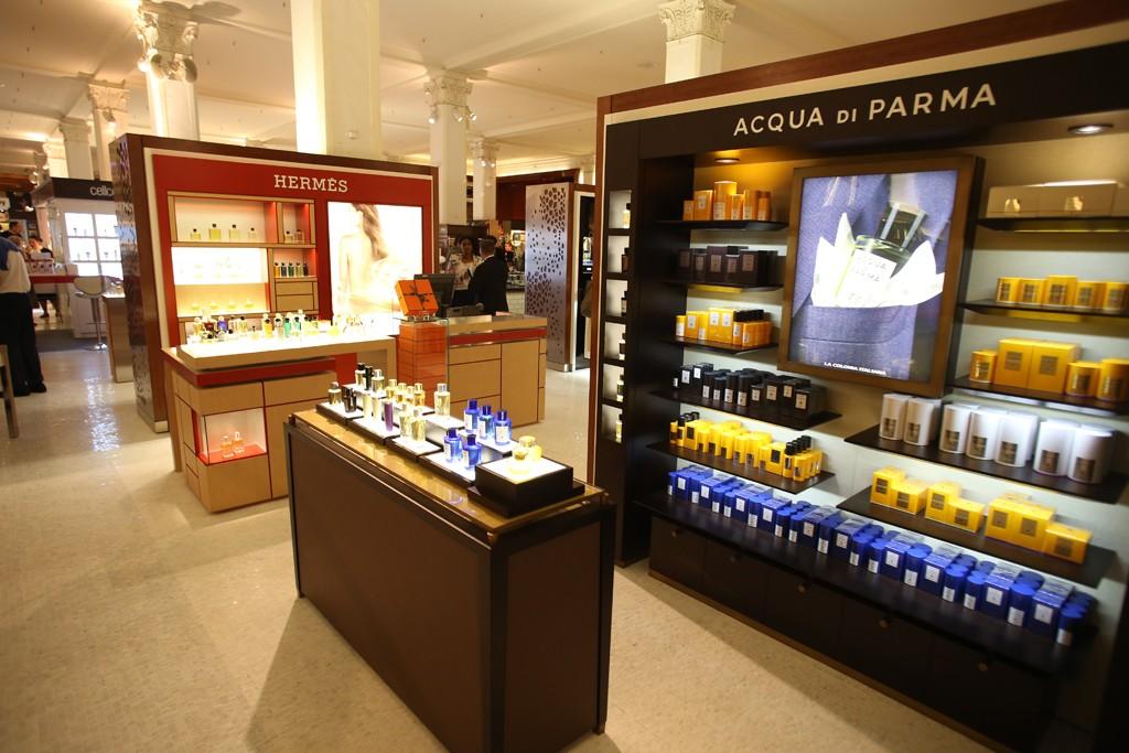 Fragrance boutiques for Hermès and Acqua di Parma.