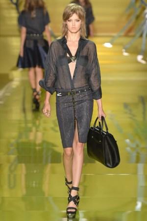 A Versace spring runway look.