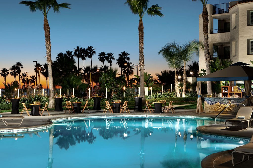 The new Riviera by CurvExpo trade fair will be staged at the Hyatt Regency Beach Resort & Spa in Huntington Beach, Calif.