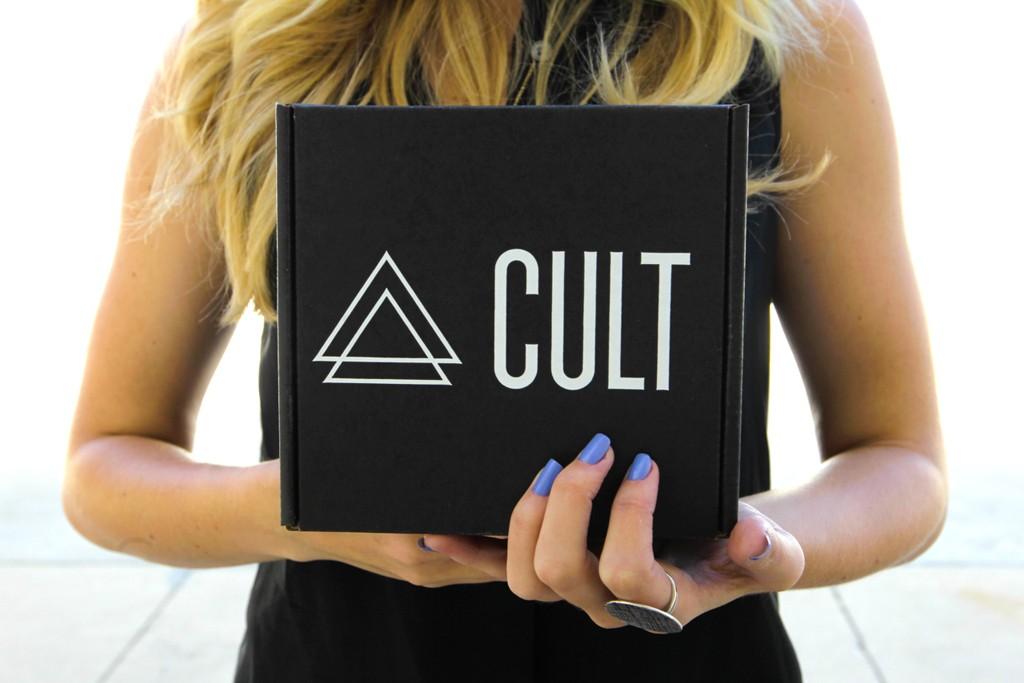 The Cult Cosmetics Blackbox.