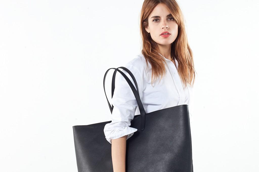Everlane's Petra bag.