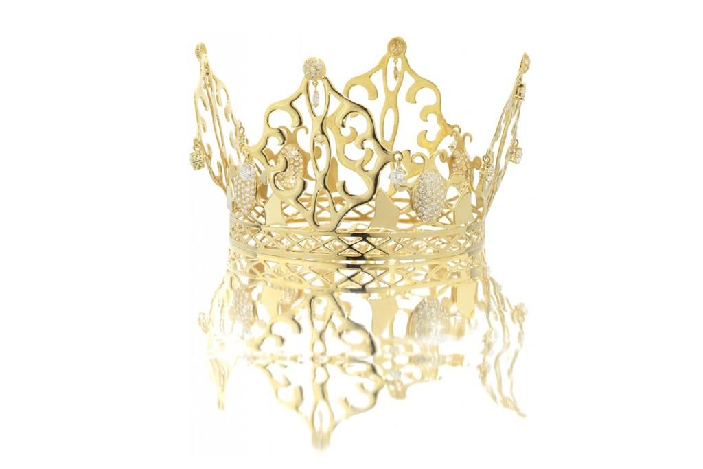 Victoria Beckham's wedding-day tiara.