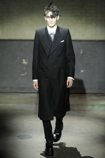 Alexander McQueen Men's RTW Fall 2014