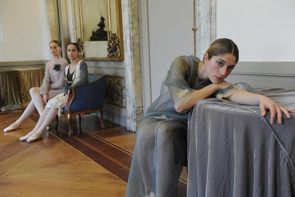 Ballerinas model looks from Erika Cavallini's fall-winter collection