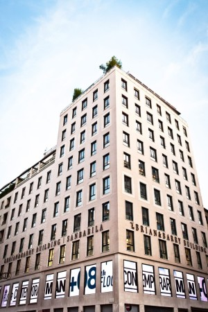A view of the Brian & Barry Building San Babila.