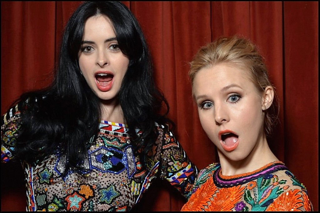 Krysten Ritter and Kristen Bell pose in the SXSW photo booth.