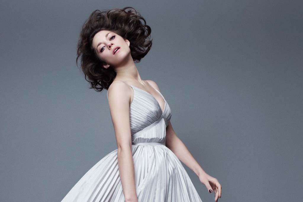 Marion Cotillard in the Lady Dior campaign.