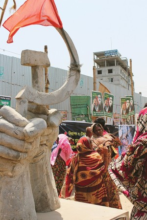 Workers in Bangladesh continue to protest about remediation from the Rana Plaza disaster, as well as current conditions.