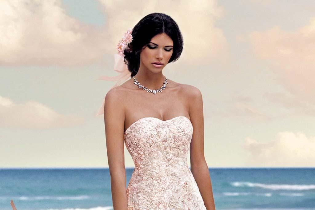 A bridal look from Oleg Cassini.