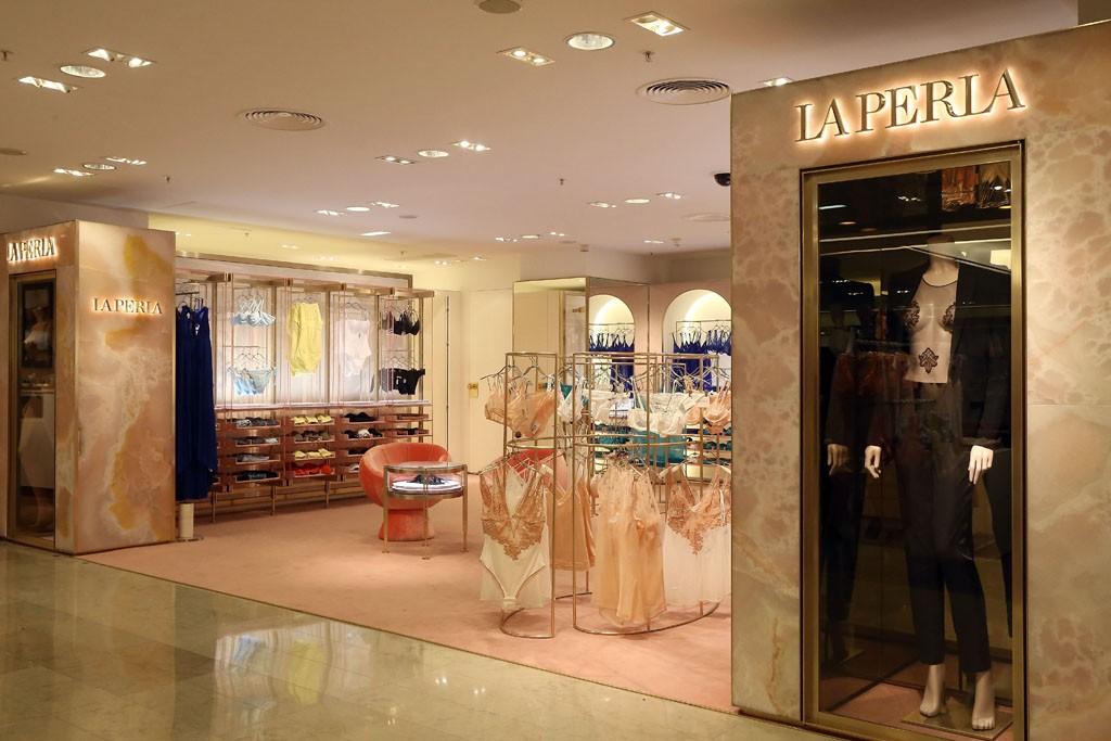 A look at La Perla's retail format at Printemps.