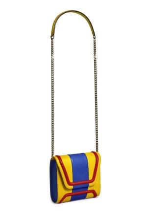 Yliana Yepez's Mini Giovanna in the colors of the Venezuelan flag.