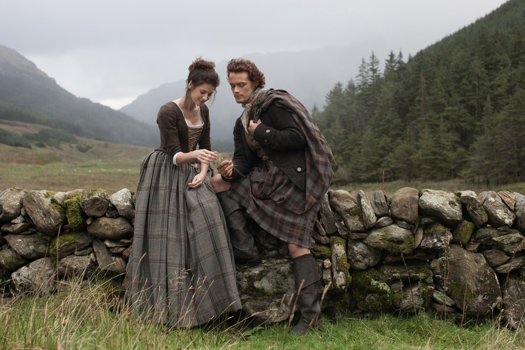 """Caitriona Balfe as Claire Randall and Sam Heughan as Jamie Fraser in """"Outlander."""""""
