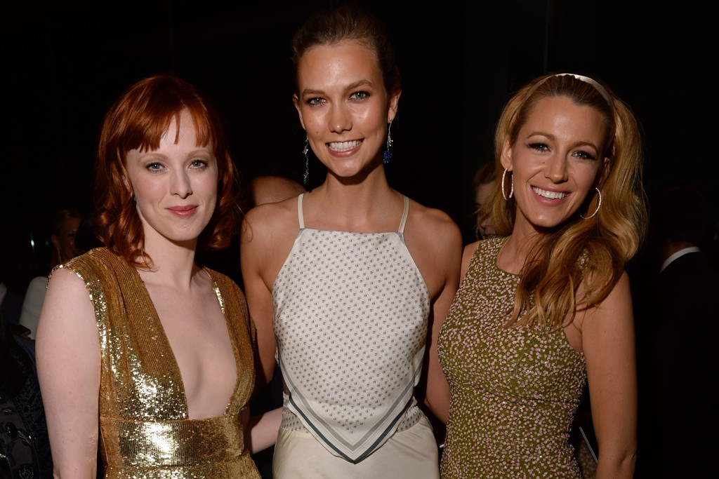 Karlie Kloss in Band of Outsiders with Karen Elson and Blake Lively, both in Michael Kors.