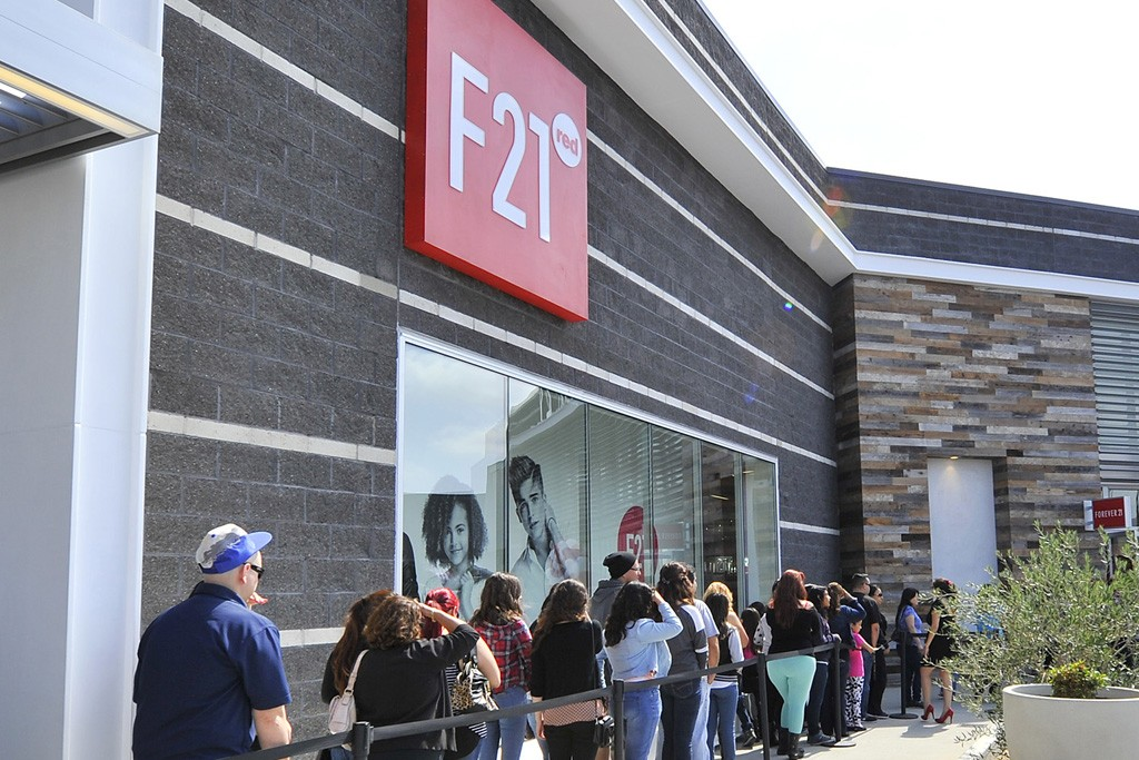 Customers line up for the F21 Red store opening.
