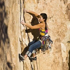 Rock climbing in Cordura.