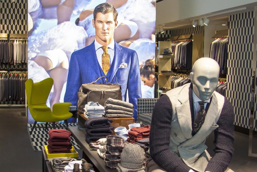 The Suitsupply shop in the new Shak Men at Stanley Korshak.