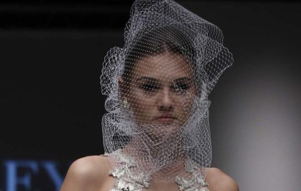 Badgley Mischka Bridal Fall 2015