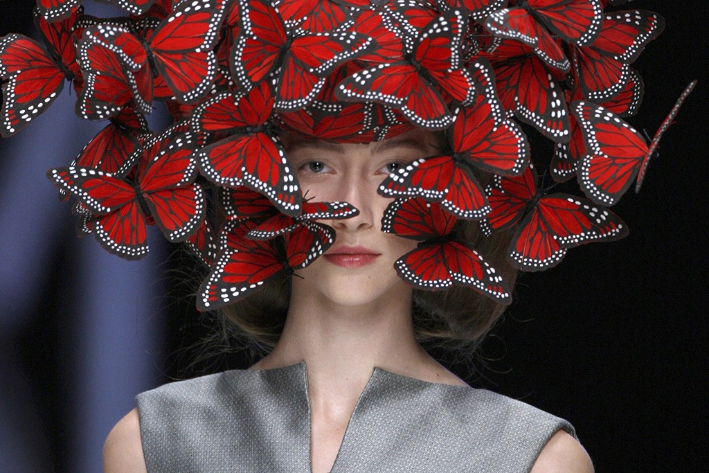 Butterfly headdress of hand-painted turkey feathers, Philip Treacy for Alexander McQueen S/S 2008