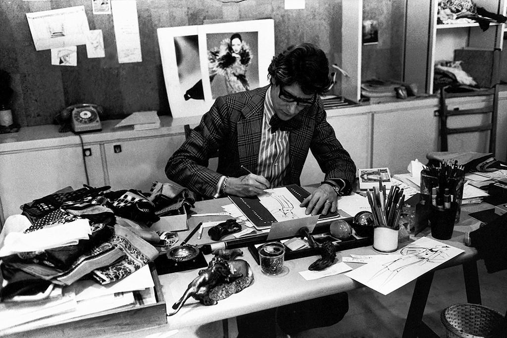 Yves Saint Laurent in his studio in 1976