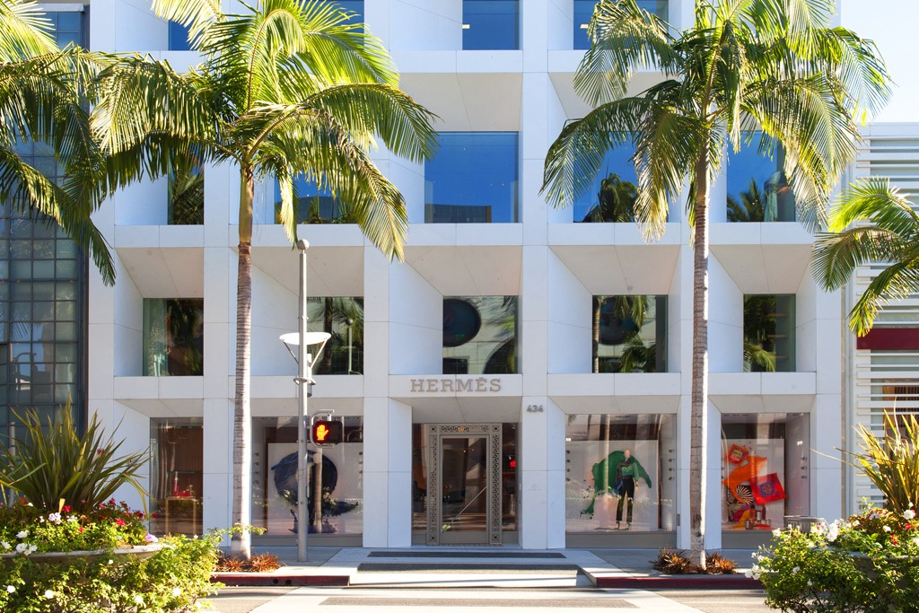 Hermès storefront on Rodeo Drive.