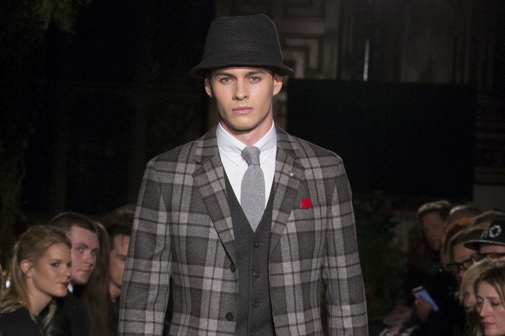 Hackett London Men's RTW Fall 2015