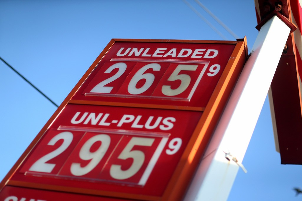 Retailers have counted on lower pump prices to propel consumers into stores.