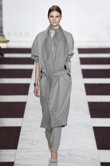 Yiqing Yin Couture Spring 2015