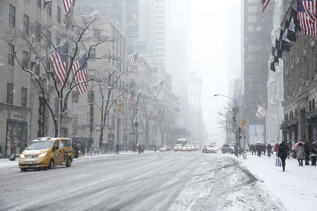 New Yorkers brave the snow.