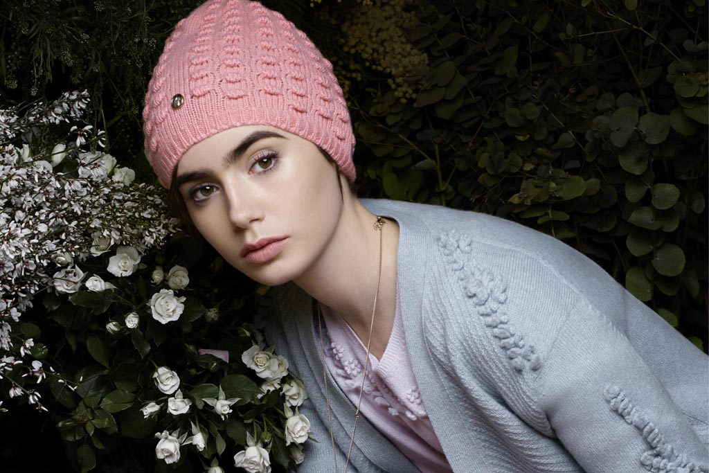 Lily Collins, Barrie