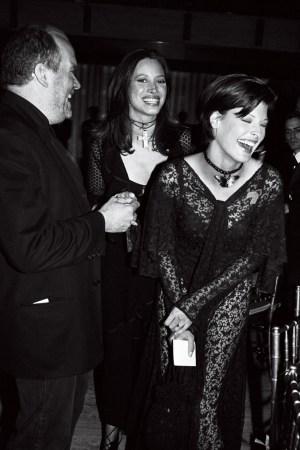 Christy Turlington and Linda Evangelista at the 1993 CFDA Awards.